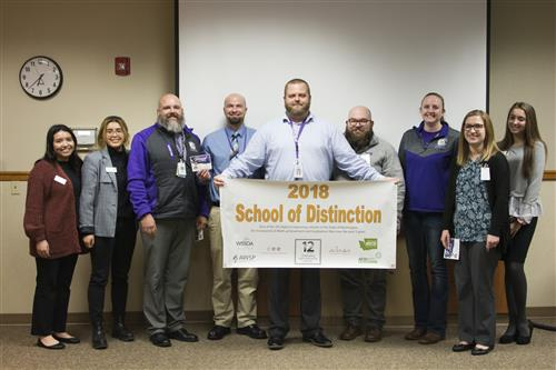 Pasco High School Earns 2018 School of Distinction Award