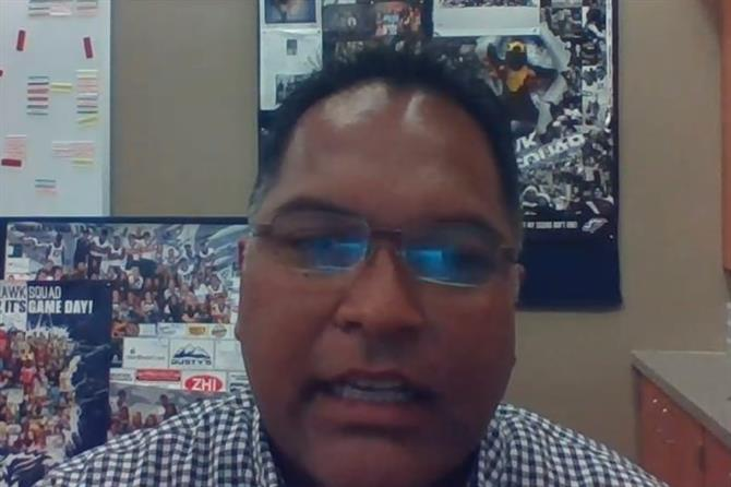 Welcome Back Video Message from Mr. Wallwork (English/Spanish)